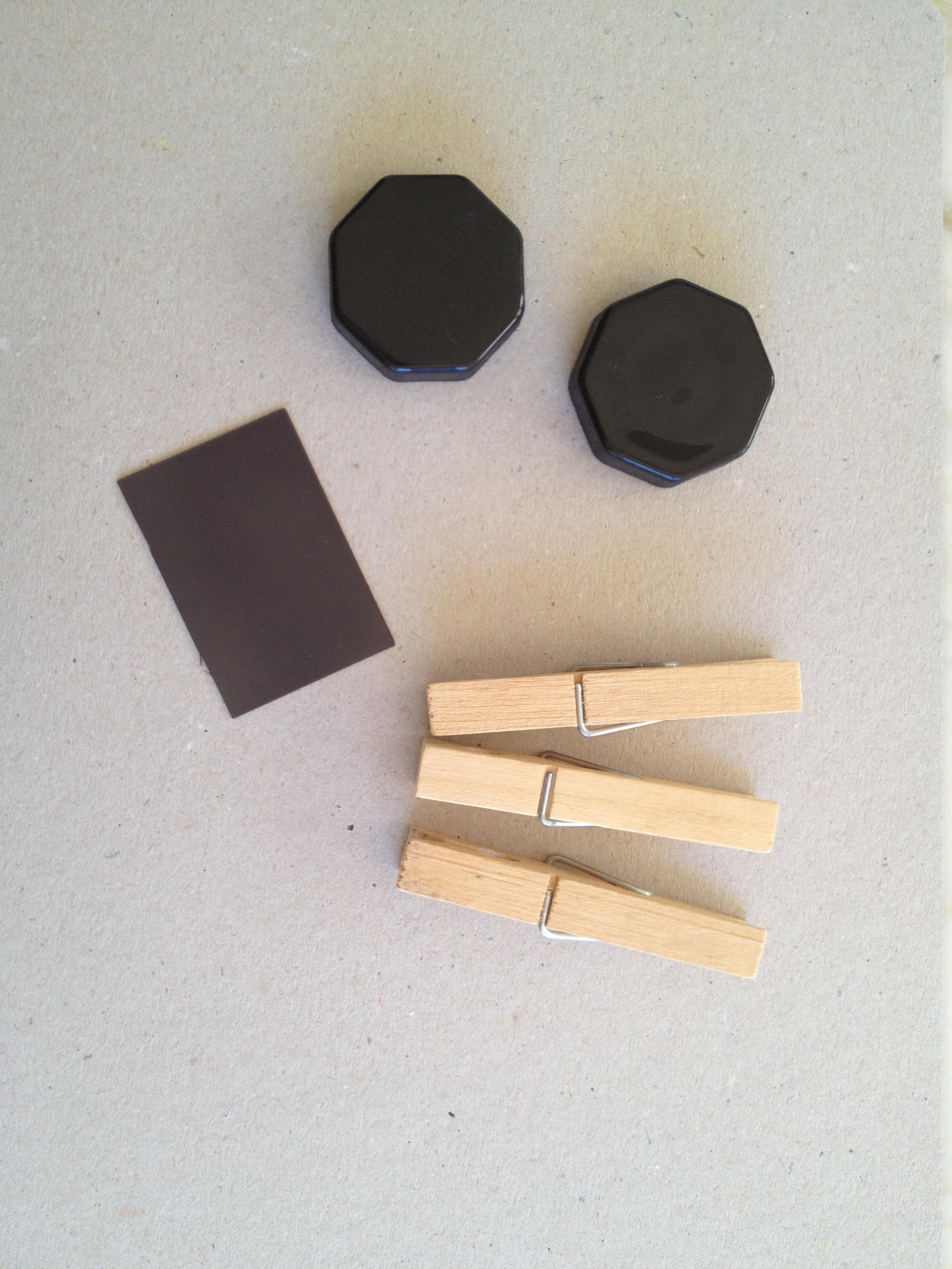 Ganchos de madera para colgar ropa images for Madera para colgar ganchos