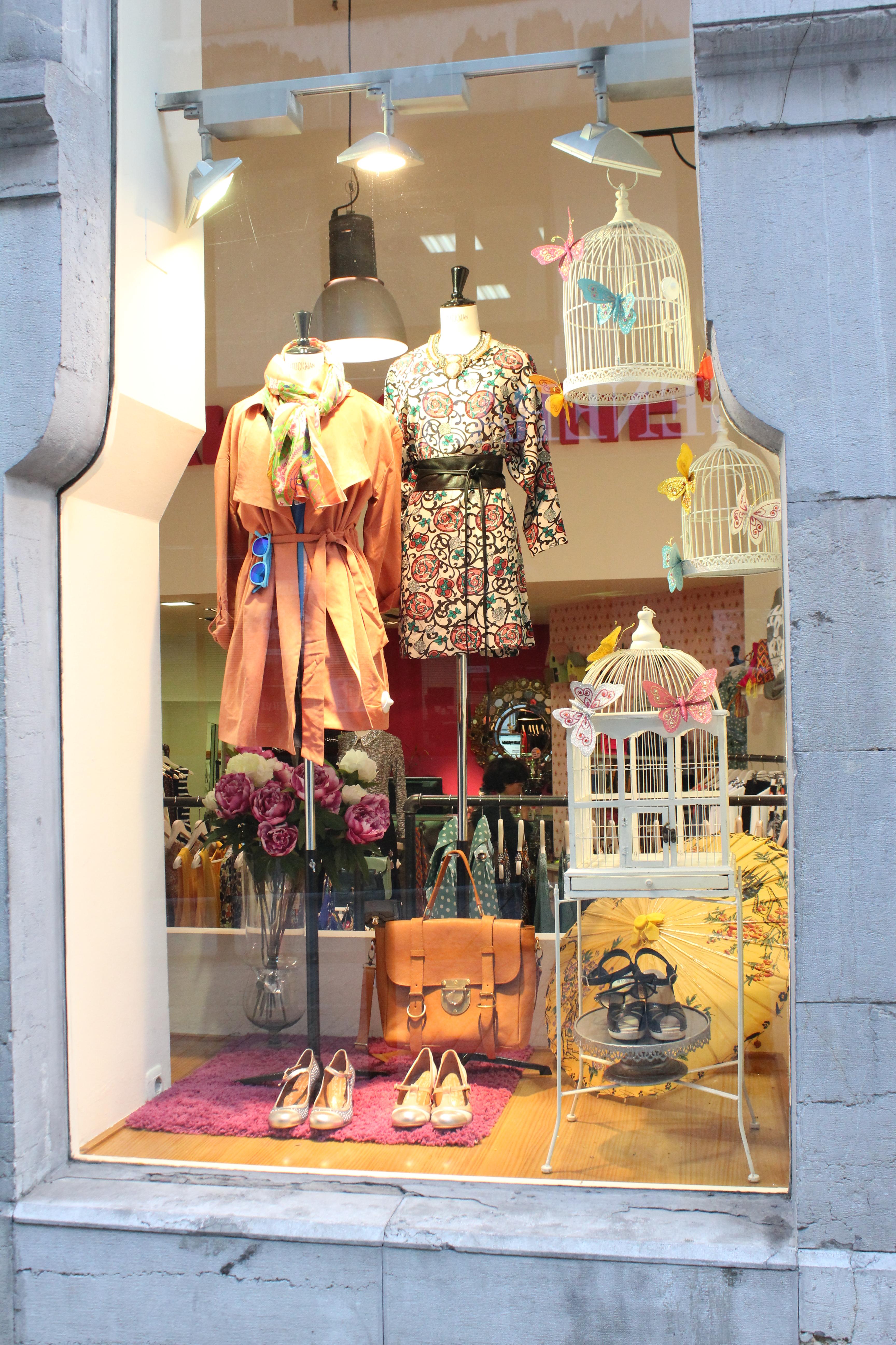 Rincones de oviedo cake keline de rosas y baobabs - Tiendas de decoracion infantil ...